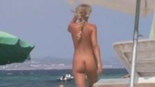 Grabando en playa nudista