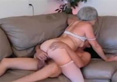 sexo con la abuela